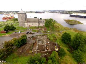 2017: Kongsgårdprosjektet graver fram middelalderens kongsgård som ble funnet i 2012. Foto: Linsaa, Tommy Olsen