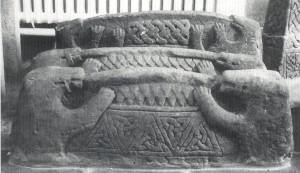 Etter Holger Schmidt. Building customs in Viking Age Denmark 1994