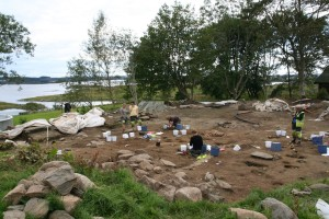 Økonomiområde for esser, ovner håndverk- og matproduksjon i perioden 200 - 1000. (Foto Ørjan Iversen)