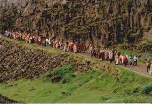 Alltinget på Thingvellir konkurrerer med Tynwald på Isle of Man og det færøyske Lagtinget om å være  verdens eldste parlament som har vært i funksjon siden starten. (Foto Marit S.Vea)