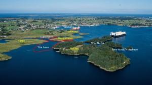Havner på Avaldsnes. Den røde streken viser sjøområdet undersøkt av marinarkeologer.